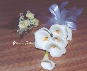 {Corsage and littlte bouquet of Calla Lilly}