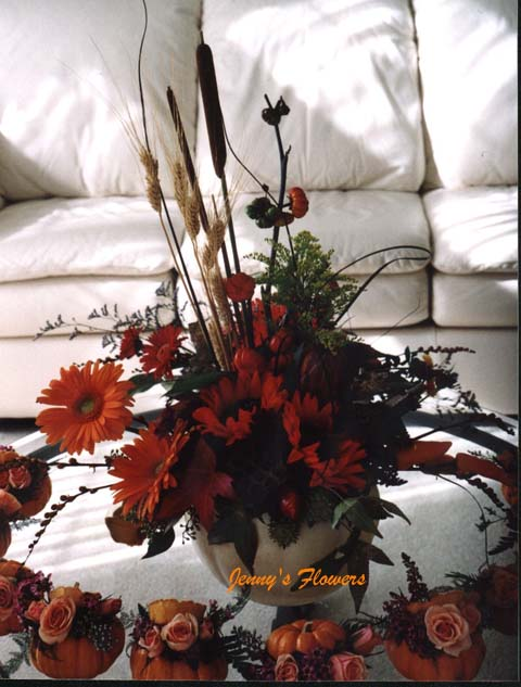 {I made this pumpkin's centerpiece at the buffet table}