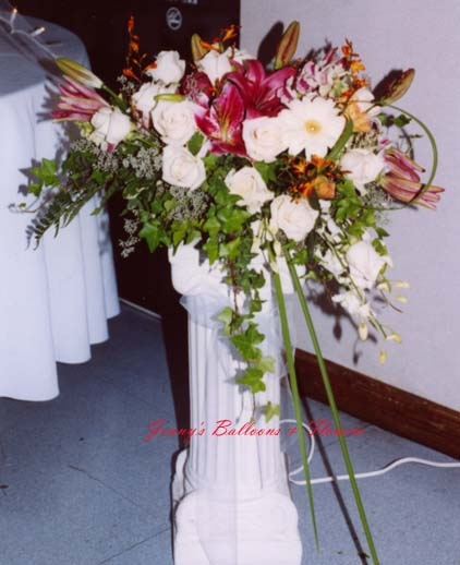 {centerpieces on the Roman Pillar}