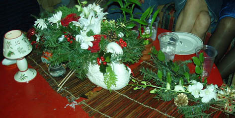 {This centerpiece is for Trung}